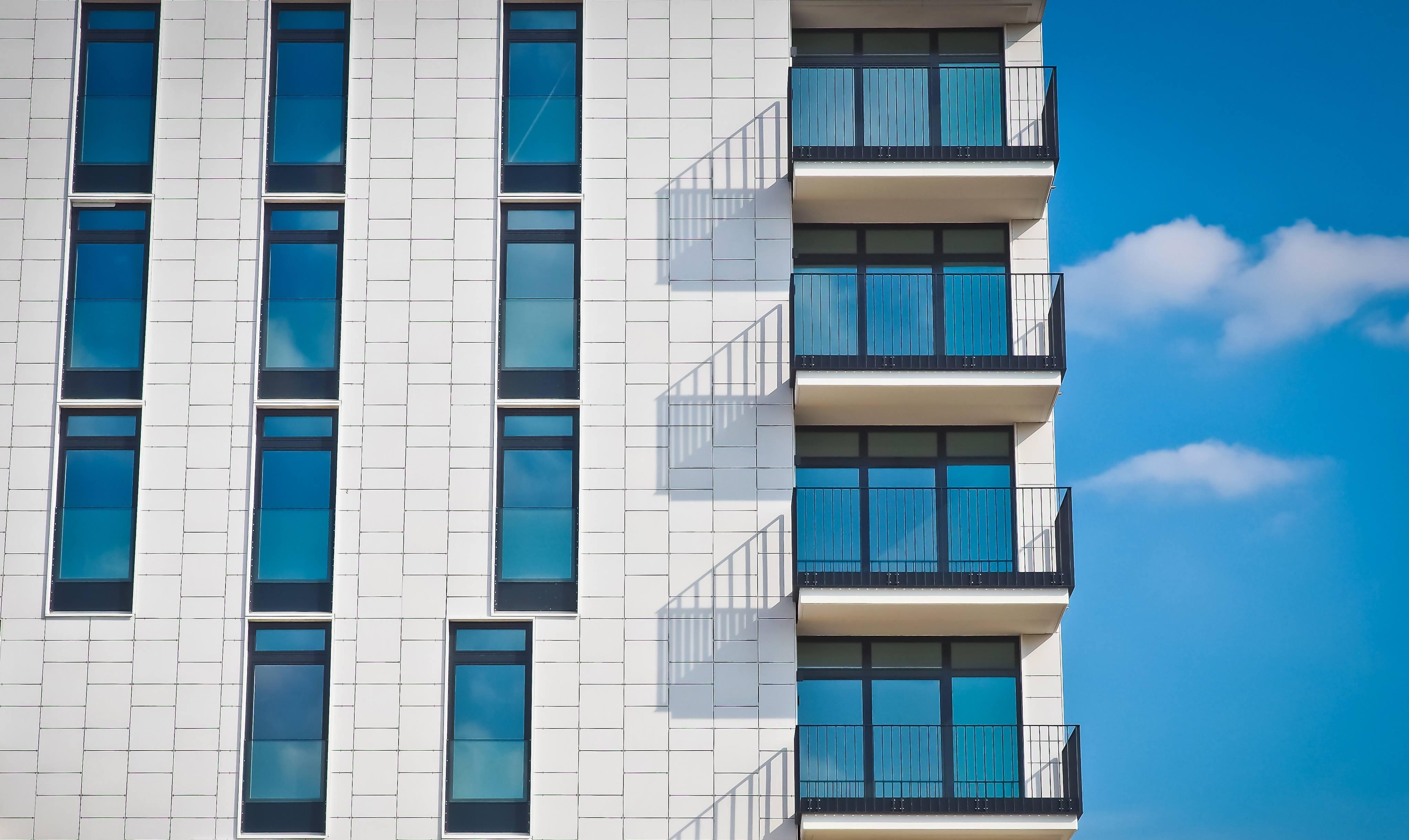 Láminas de protección solar y ahorro energético.