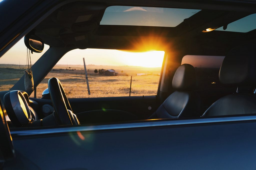 Protección solar para automóvil.